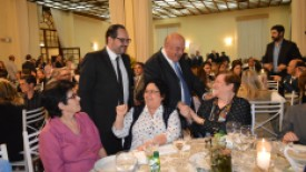 Amabel realiza Jantar para celebrar a gratidão - Projeto Adote Um Quarto