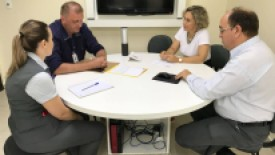 Deputados visitam o Hospital Santa Isabel para relatar indicações de até 1,2 milhões de repasses