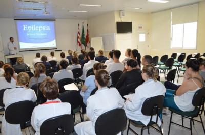 Mitos e Verdades foi tema de palestra sobre epilepsia no auditório do HSI