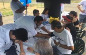 Ação em praça pública de Blumenau conscientiza sobre o AVC