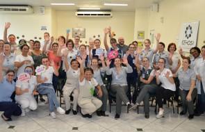 Colaboradores do Hospital Santa Isabel celebram aniversário com café especial