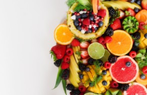 Consumo de refrigerantes e alimentos industrializados é um perigo no verão