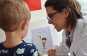 HSI elabora cartilha para orientar crianças que visitam familiares na UTI