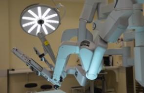 Novos médicos são credenciados para realizarem Cirurgias Robóticas no HSI