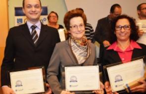 Prêmio Profissional Destaque de Enfermagem em Santa Catarina é entregue a profissionais do HSI